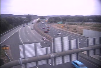 Traffic Cam CAM 129 New Haven I-91 SB Exit 3 - Trumbull St. - Southbound