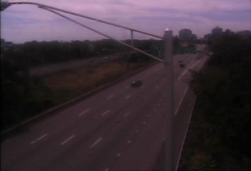 Traffic Cam CAM 131 New Haven I-91 SB Exit 4 - N/O East St. - Southbound