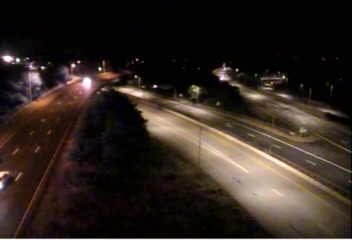 Traffic Cam CAM 200 Groton I-95 SB Exit 86 - Rt. 184 & 12 (Long Hill Rd.) - Southbound